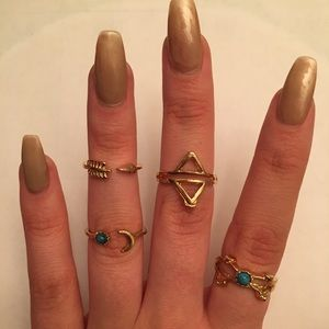 Jewelry - 4pc Gold Colored Boho Fashion Ring Set